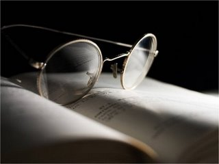 Mengatasi Penglihatan Saat Tidak Ada Kacamata